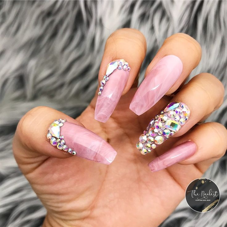 Accent Nails Long