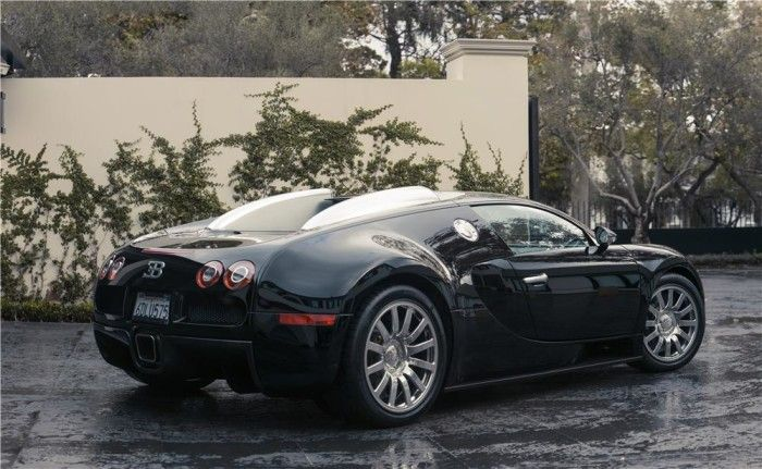 Simon Cowell's Bugatti Veyron Sold For $1.375 Million At Barrett-Jackson Auctions