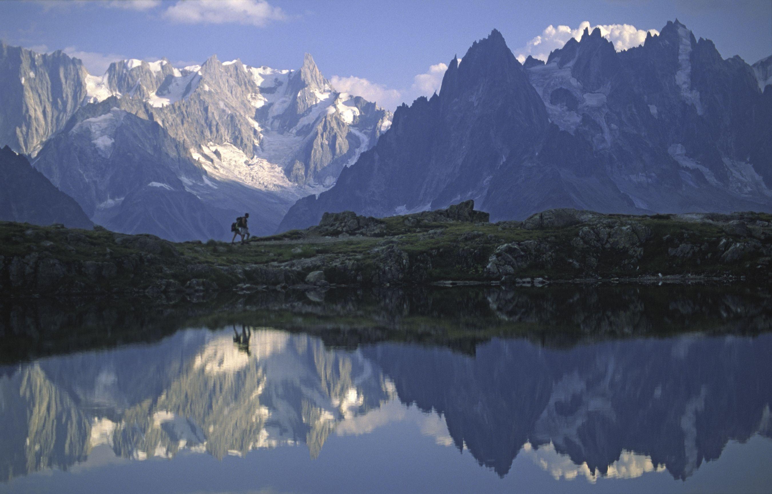 Hike The Tour Du Mont Blanc Hd Landscape Landscape Wallpaper Landscape