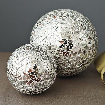 mirrored mosaic spheres mosaic spheres bowling balls pinterest mosaique boule et. Black Bedroom Furniture Sets. Home Design Ideas