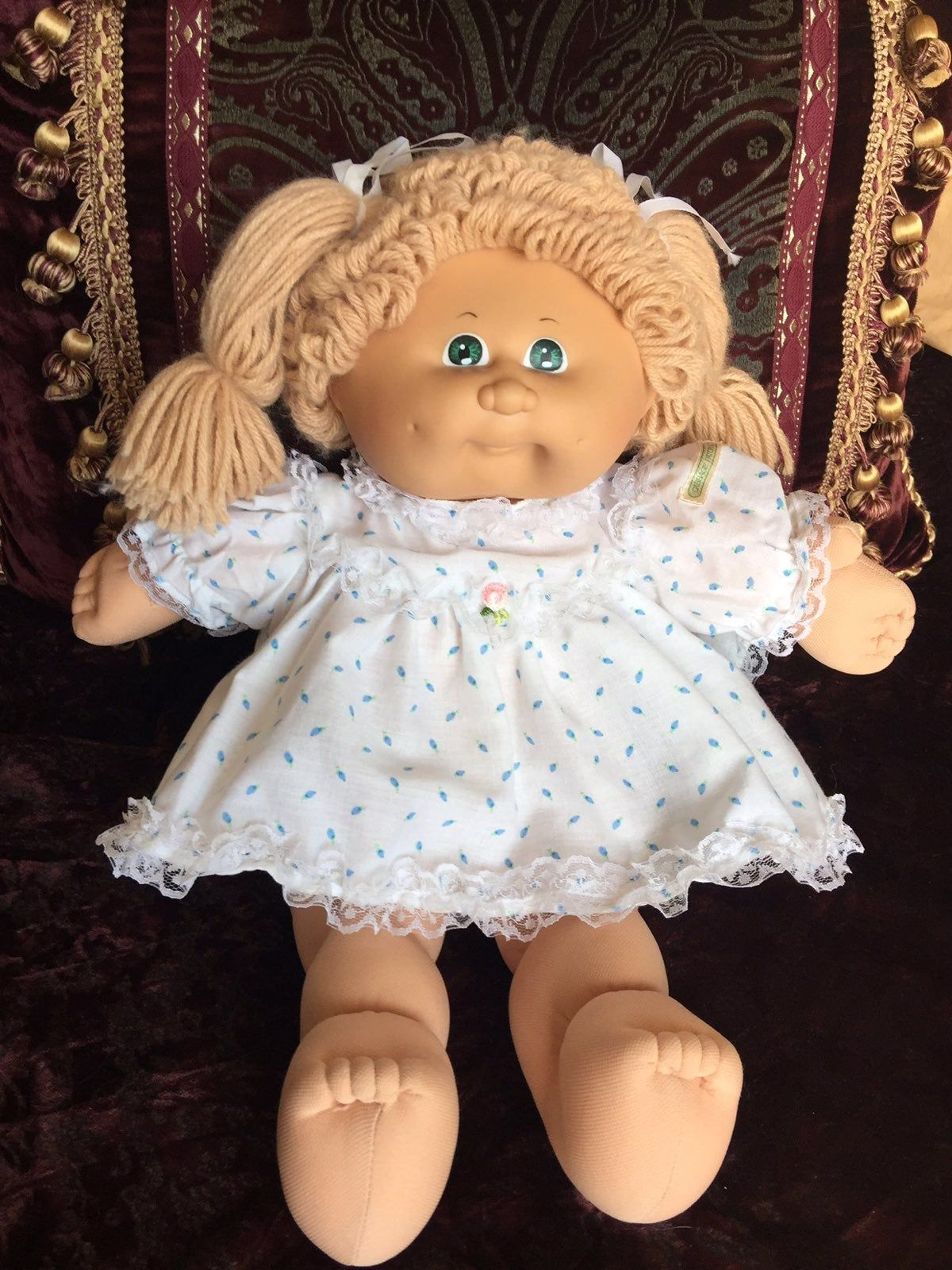 1985 Pre Owned Vintage Soft Sculpture Cabbage Patch Kids With Xavier Roberts Signature Pa Vintage Cabbage Patch Dolls Cabbage Patch Babies Cabbage Patch Kids
