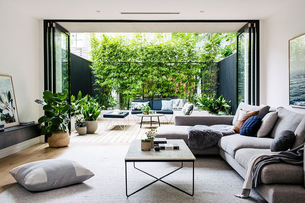 Wenn Drinnen Und Draußen Verschmelzen: Faltanlage Verbindet Das Wohnzimmer  Mit Der Terrasse