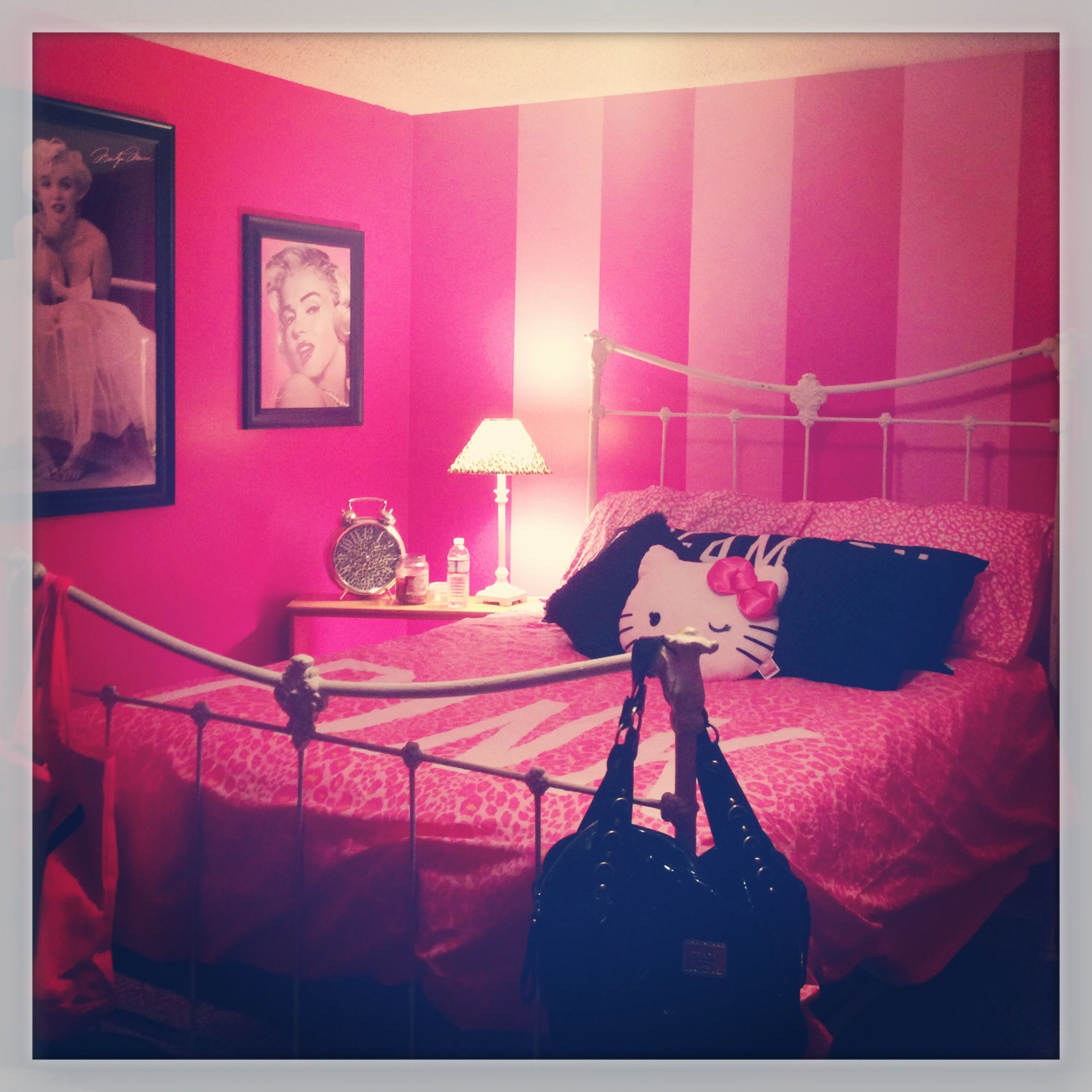 My Mini Vs Pink Bedroom Dwelling Place Pink Bedrooms Bedroom