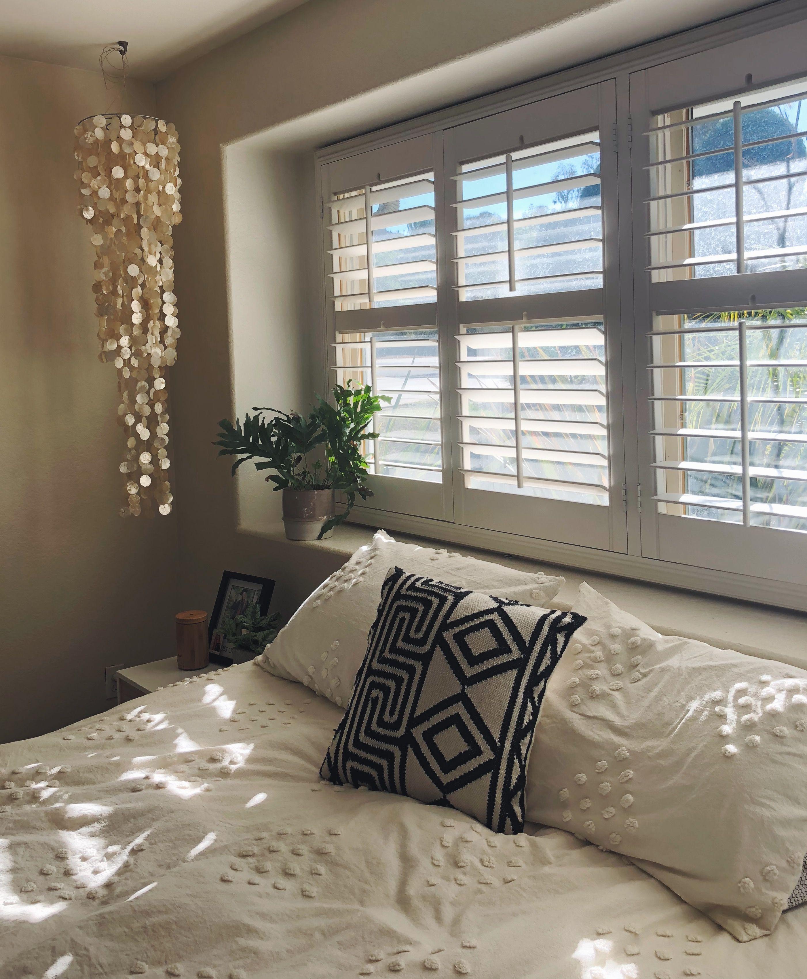 Boho bedroom | Bedroom inspirations, House rooms, Room inspo
