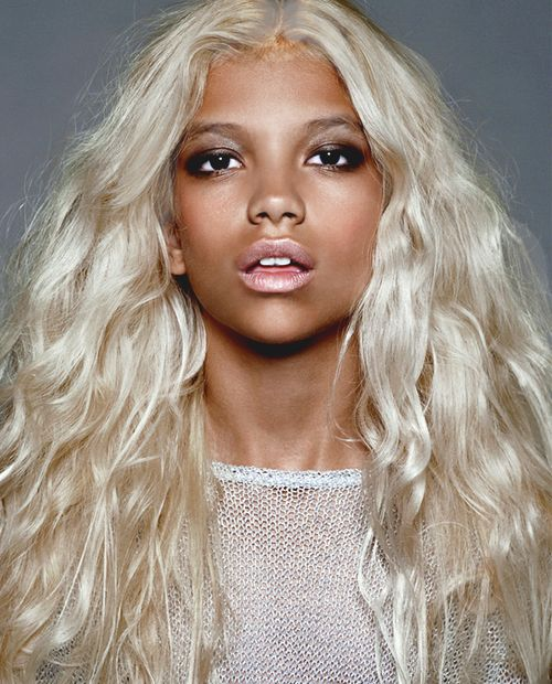 Pin By C Samoht On Black Girls Blonde Hair Dark Skin Blonde Hair Platinum Blonde Hair Hair Styles