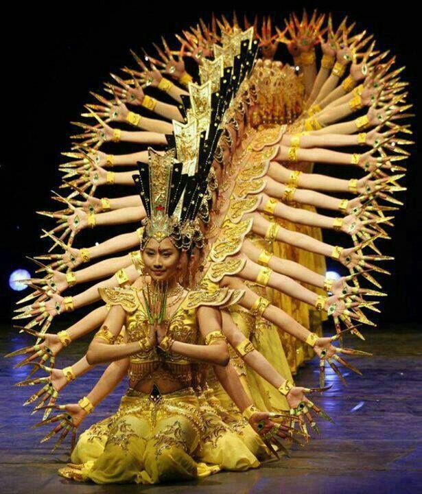 Thousand-hand Guan Yin 千手观音