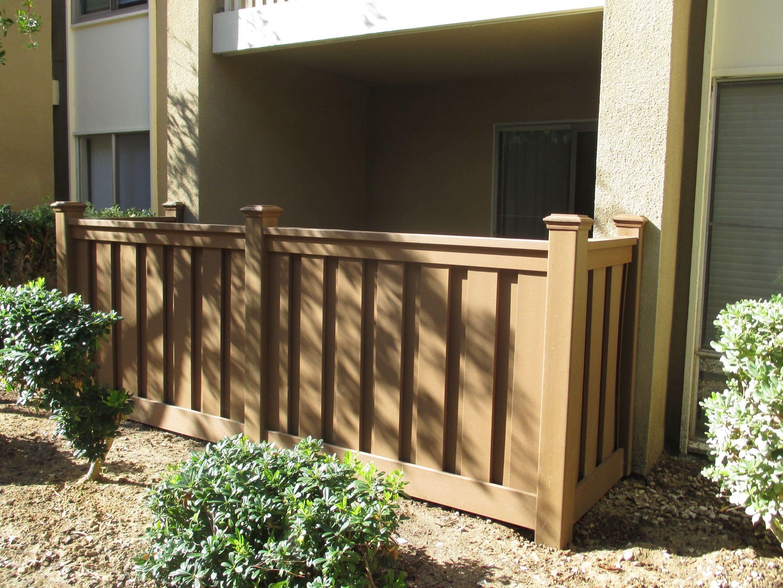 A Patio Enclosure Using Trex Fencing Wood Vinyl Fence Design Trex Fencing