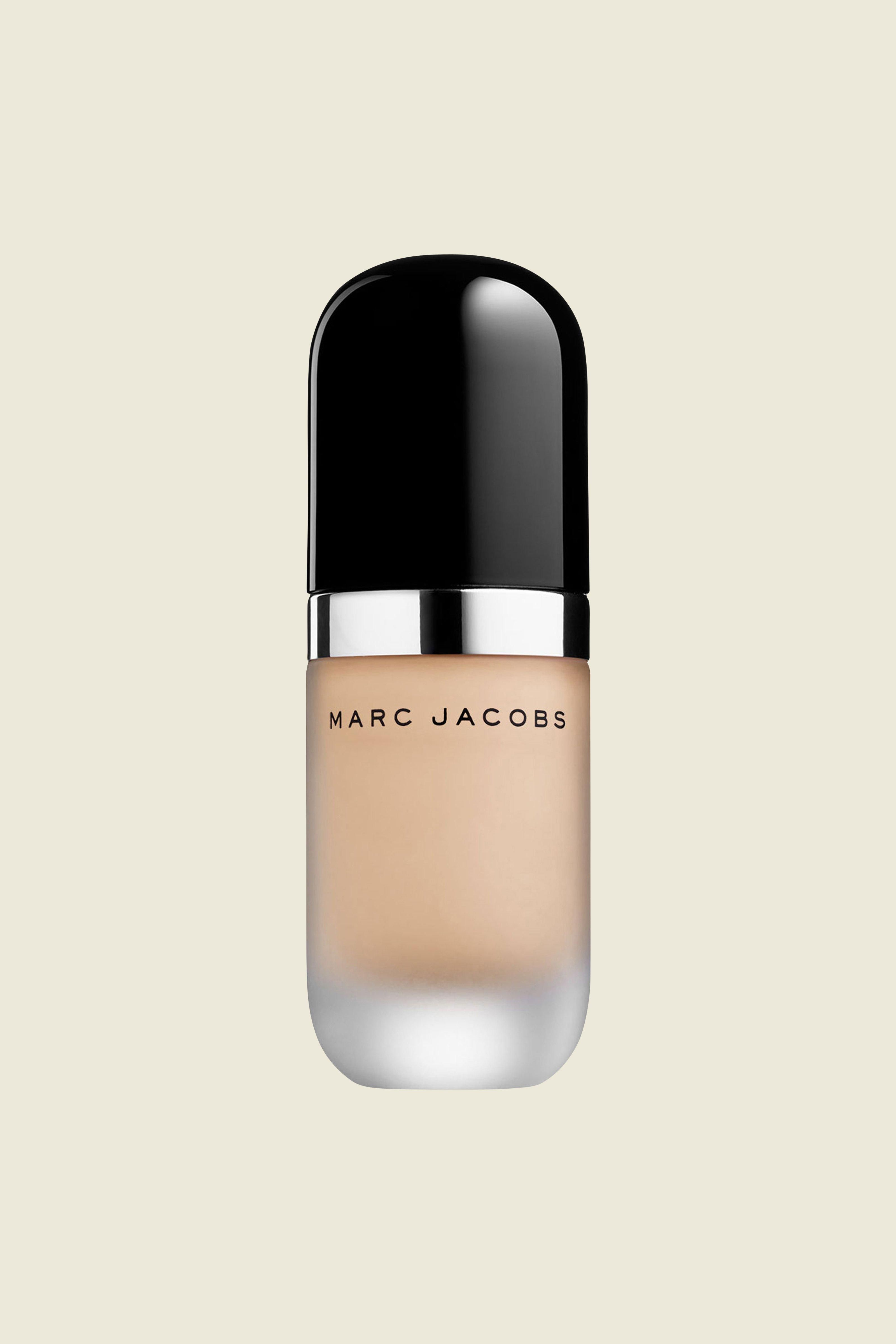 The Marc Jacobs Re(marc)able Foundation is full coverage in featherweight formula. A single drop transforms skin into a flawlessly perfected canvas. An unprecedented concentration of 43% pure biomimetic pigments and the lightest possible formula that is ten times thinner than average foundation, completely covering imperfections and fine lines with a weightless feel. Concentré-dot ensures the perfect dispensed amount.Available in multiple skin-matching shades.