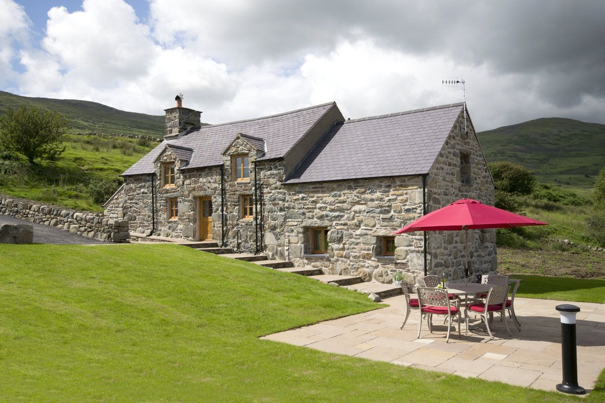 pin by sian gluten free mrs d on cottages to rent wales rh pinterest co uk