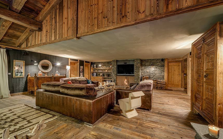 Inside Val d'Isère's £81,000aweek luxury chalet, with