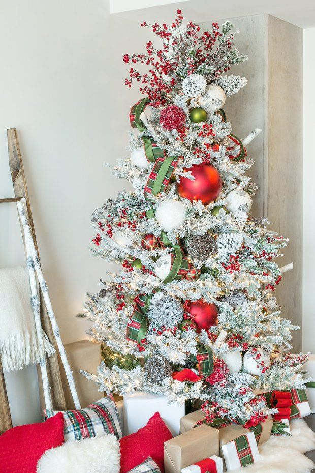 How to Decorate a Festive Wintry Rustic