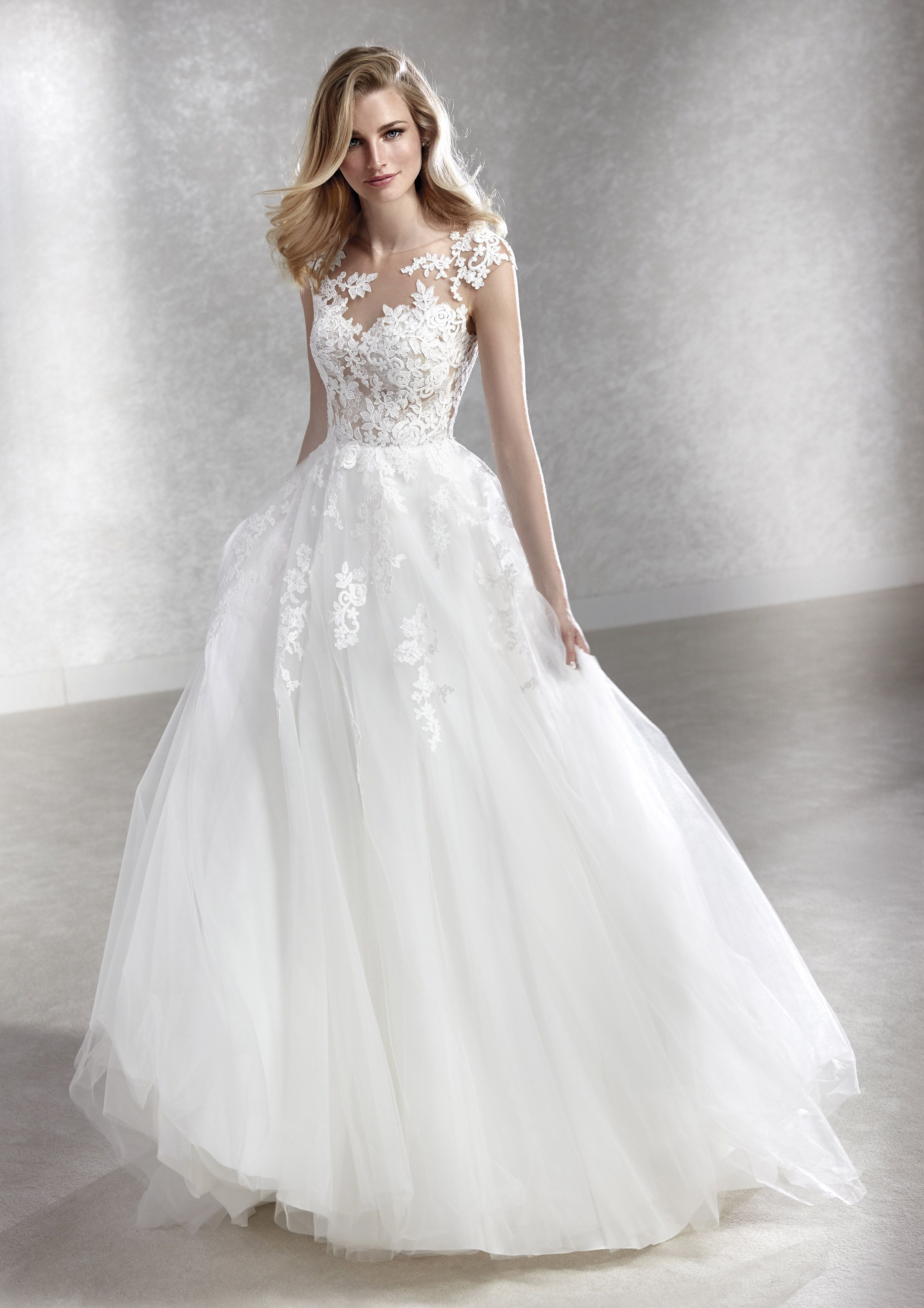 felicidad – white onepronovias fashion group - presented