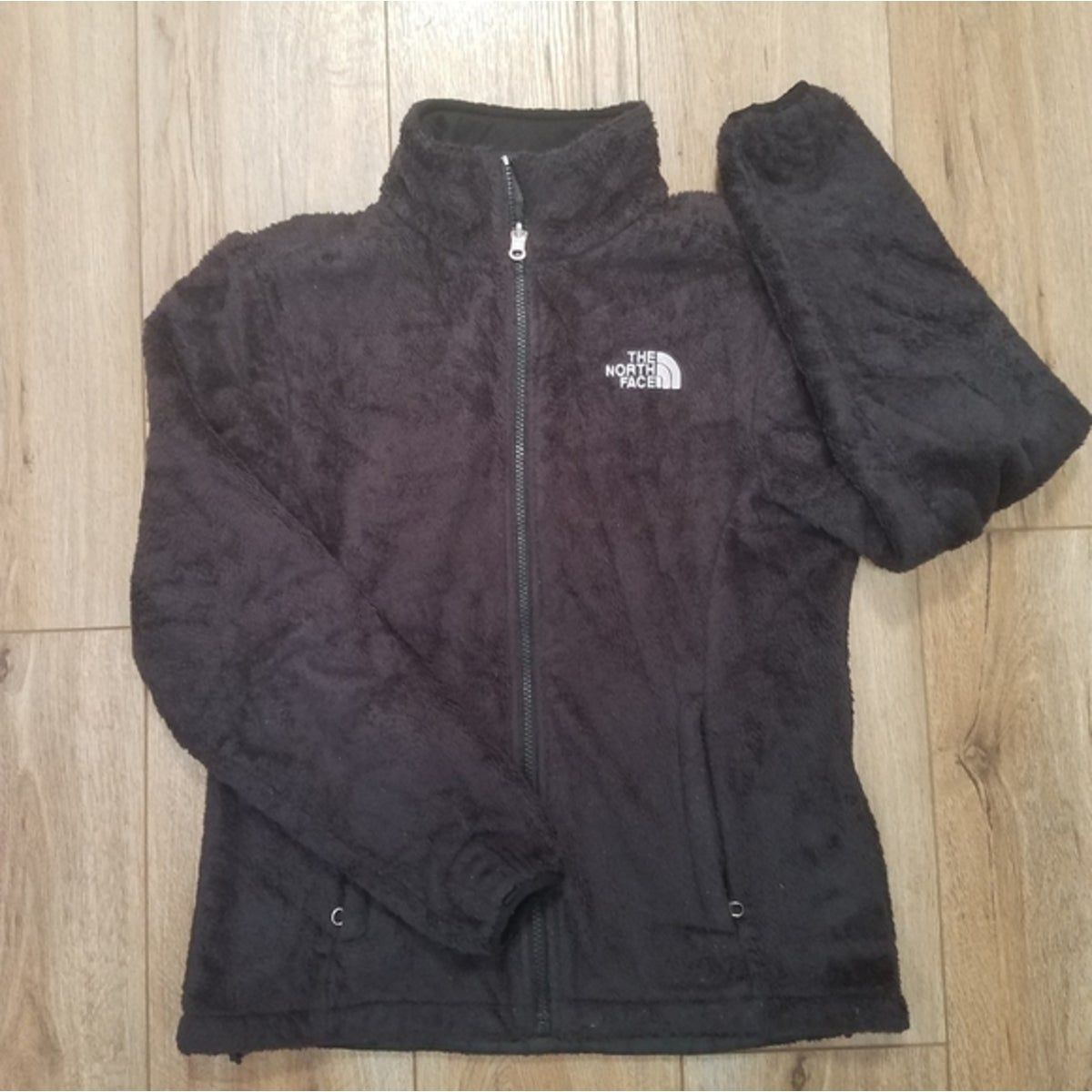 The North Face Black Osito Jacket Fleece Good Pre Owned Condition Flaws Some Pilling And Wear Around Cuffs E North Face Fleece Jacket Jackets Black North Face [ 1200 x 1200 Pixel ]