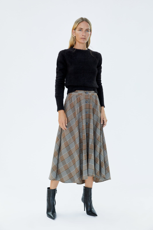 b105a21c6 FALDA CAPA CUADROS in 2019 | Fall | Plaid skirts, Dress suits, Skirts