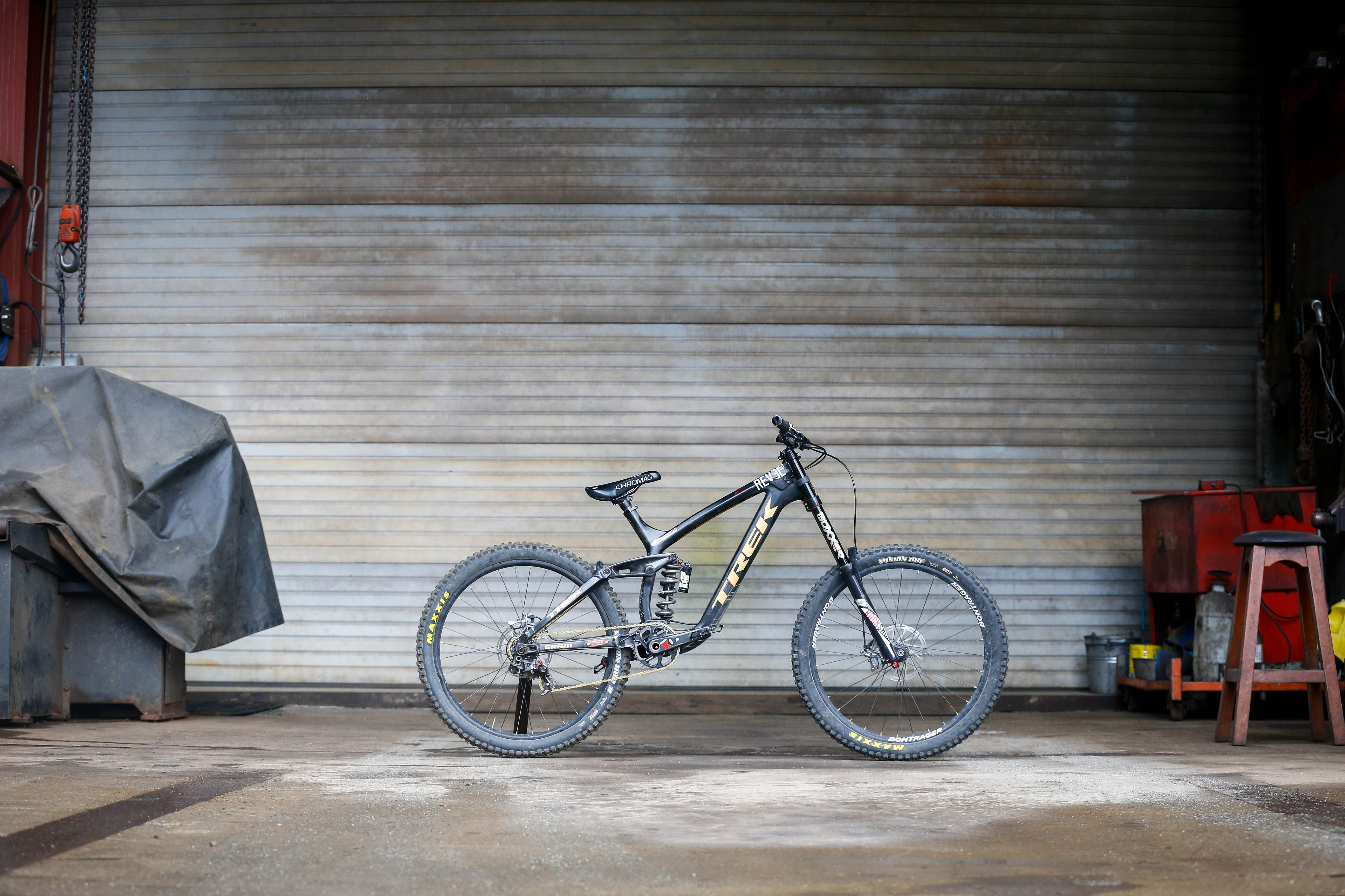 Brandon Semenuk - Trek Session Park - Dirt | Bicycles
