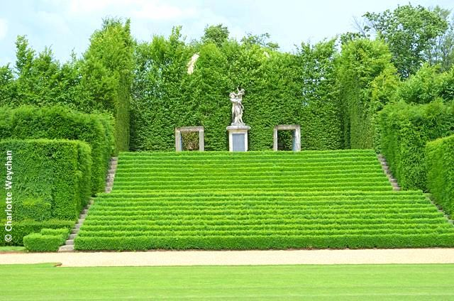 The Galloping Gardener: Monty Dons French Gardens - Chateau du Champ de Bataille, Normandy