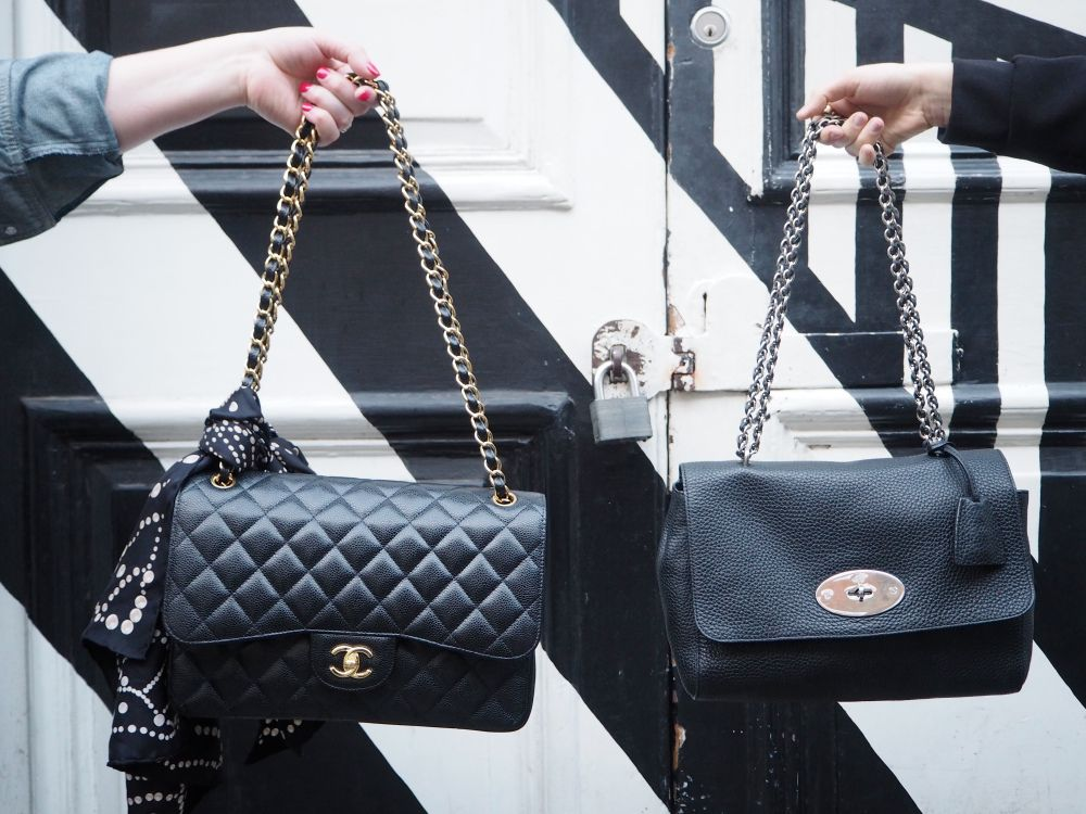 b6eec32c7bd1 classic black double flap chanel handbag twinning with a mulberry lily  handbag!!! Love this twinning trend!!!