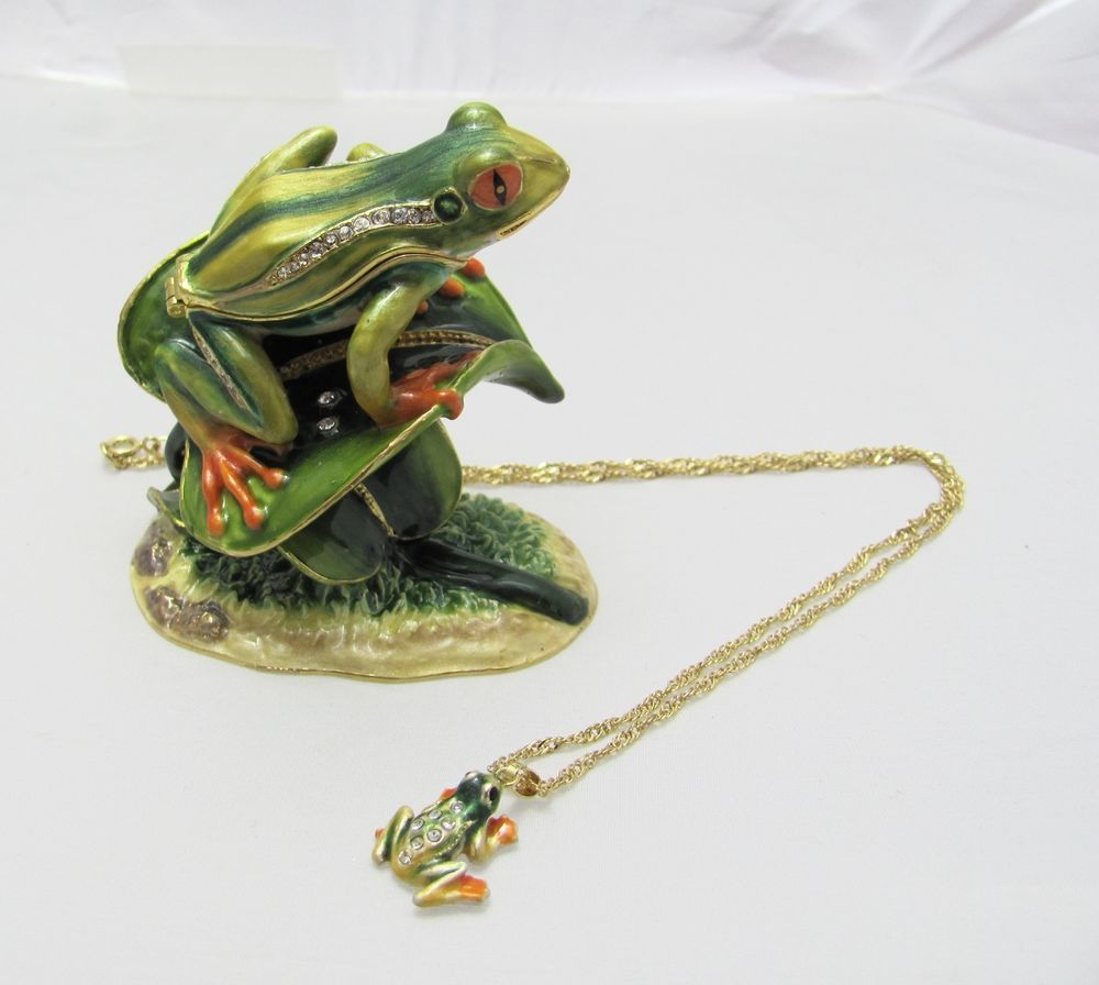 New Trinket Box Pewter Swarovski Crystals Green Frog Animal Necklace