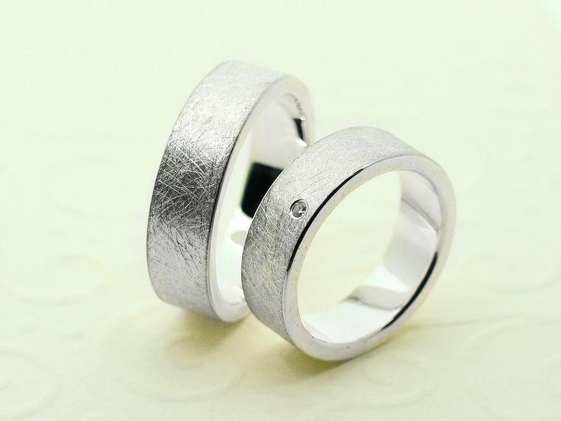 Trauringe EISMATT aus 925 Silber 6mm breit