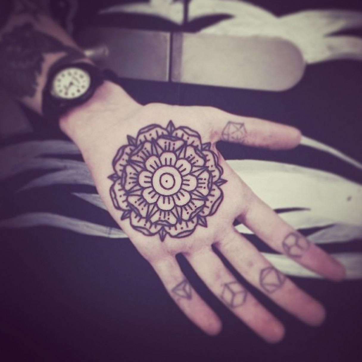 Palm Mandala By Aaron Anthony @ The Circle, London (With