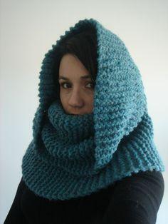 col capuche tricot