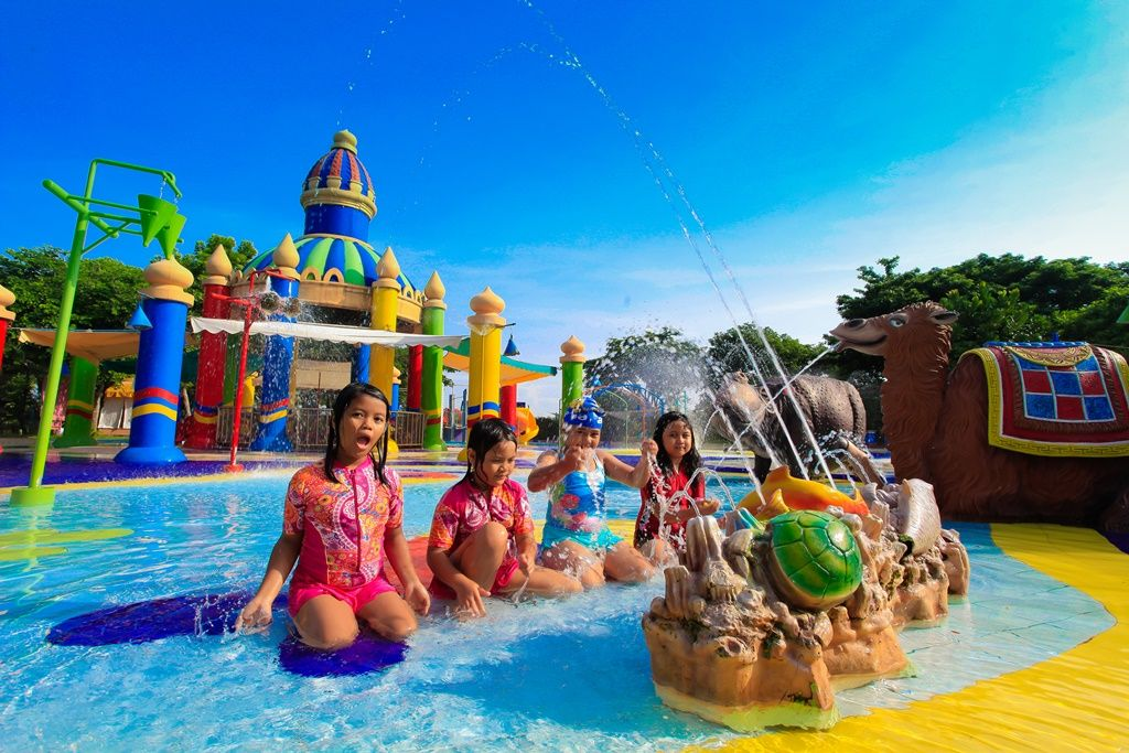 kolam-renang-keluarga-surabaya