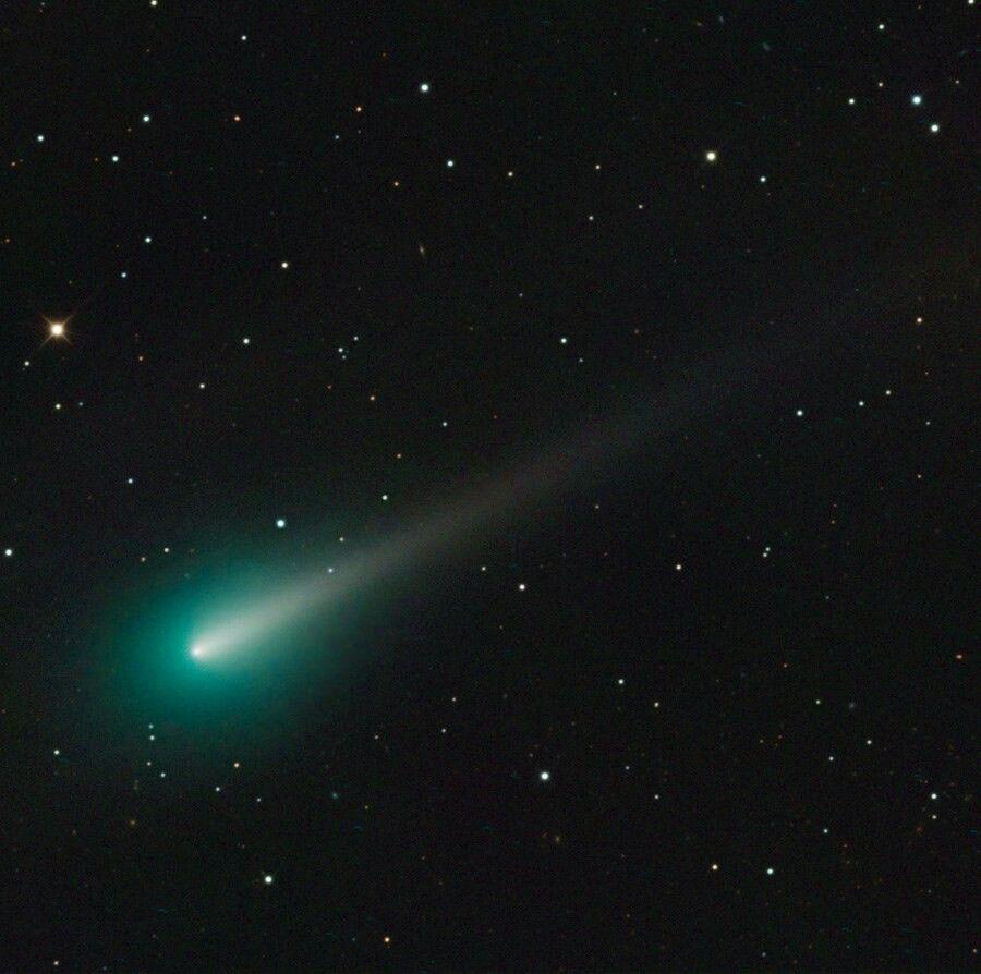 comet ison images - 900×894