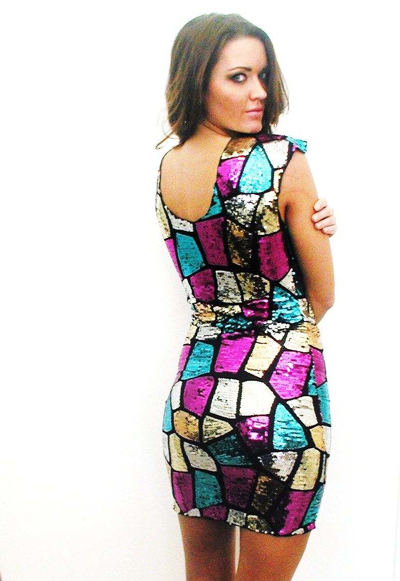 shop kami shade' - plus size milano tile sequin short sleeve dress