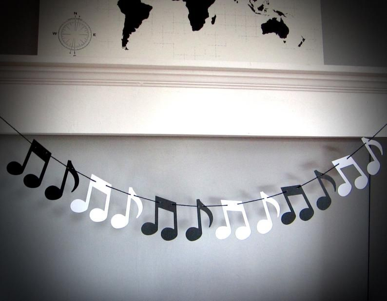 Musique Note Garland, Récital de musique, Cadeau professeur de musique, Music Theme Party, Black and White Musical Notes, Customizable, Music Notes Decor