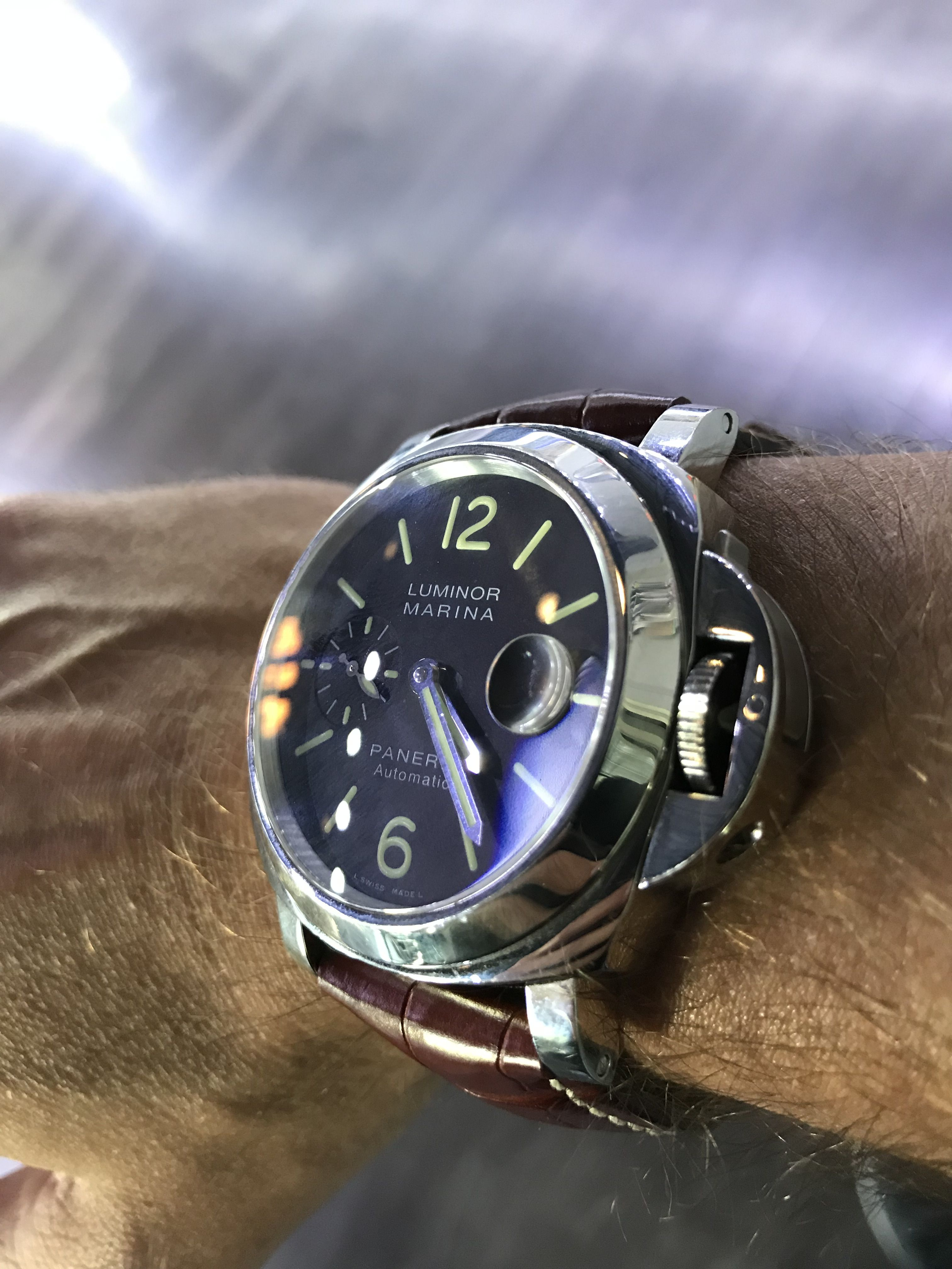 75f2cb761b56d Relógios. First, when it comes to the Panerai Pam 104 Luminor Marina we  need to look