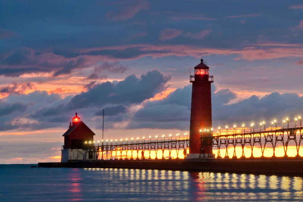 Grand Haven Mi Whtc In A Recent Usa Today Poll State Park Is Leading The Pack Of Best Freshwater Beaches Country