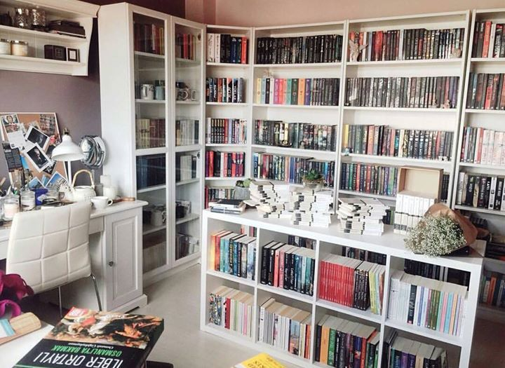 I Would Use My Walk In Closet As A Library Home Library Design Home Library Home Libraries