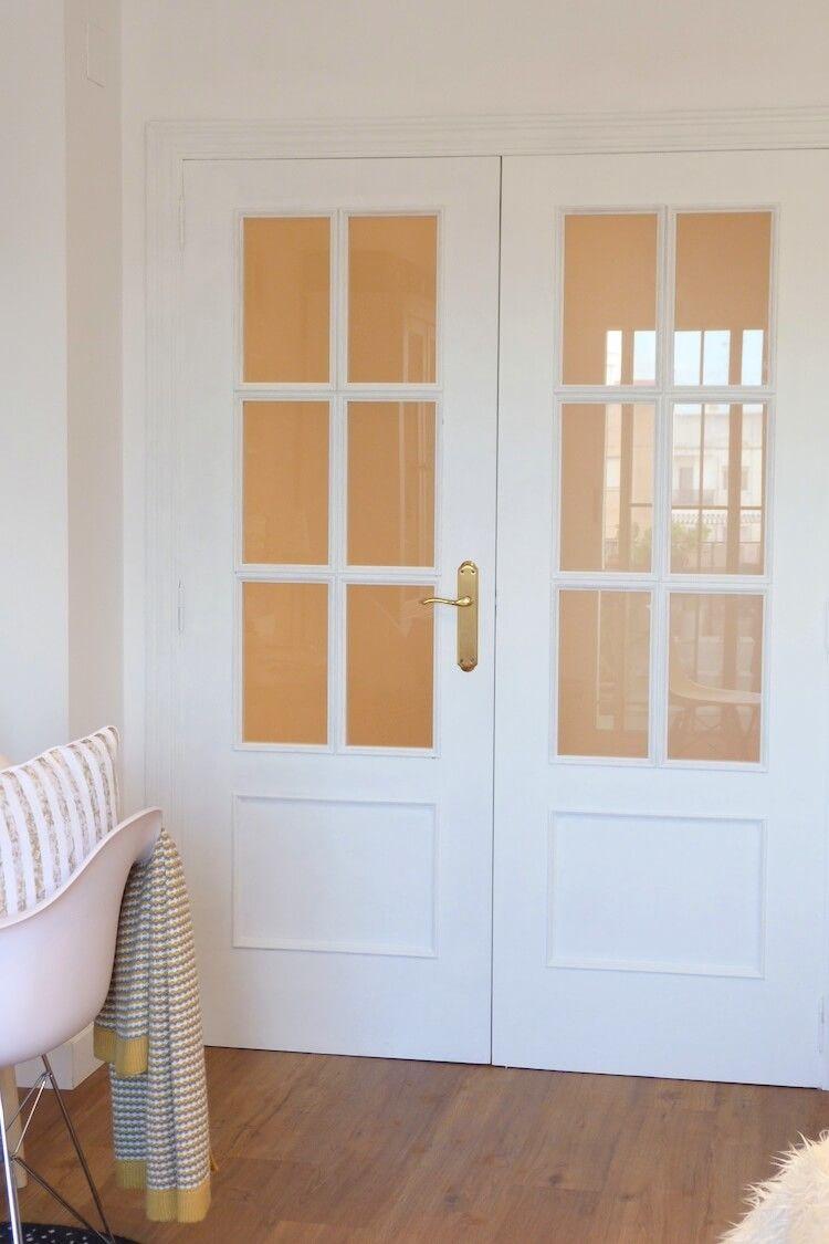 pintar las puertas de tu hogar con chalk paint pintando