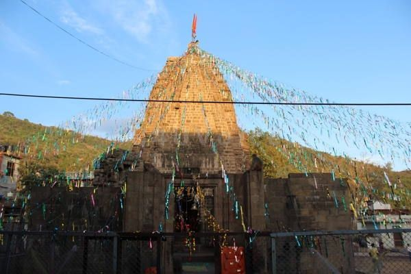 1200 year old Mahabilvakeshwar Temple in Billawar | #KnowYourTemples See all pics and Read history here - http://u4uvoice.com/?p=179343
