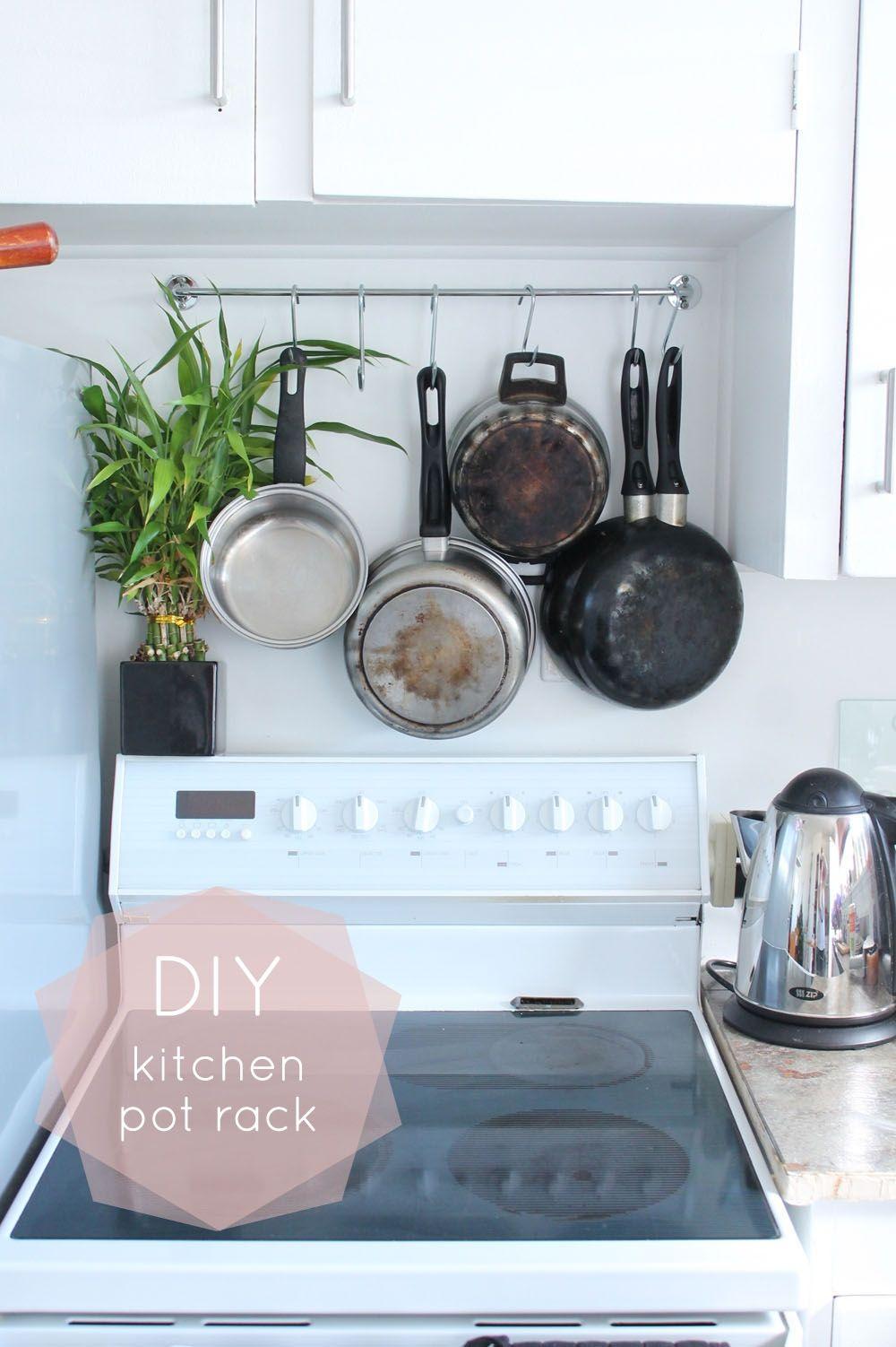diy hanging pot rack tutorial reno and deco diy kitchen pot rack kitchen decor. Black Bedroom Furniture Sets. Home Design Ideas