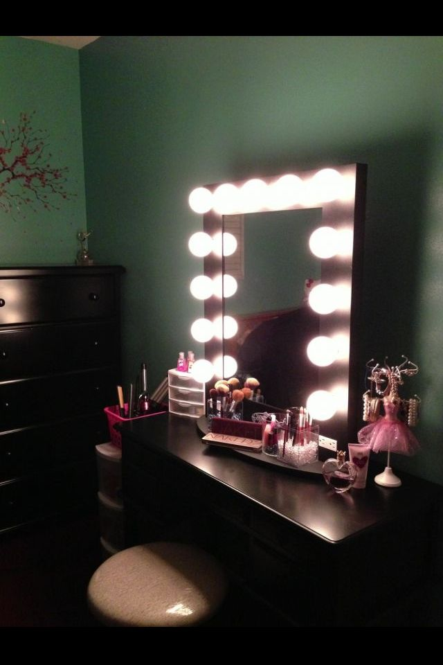 Makeup Stand Designs : Makeup stand bedrooms pinterest
