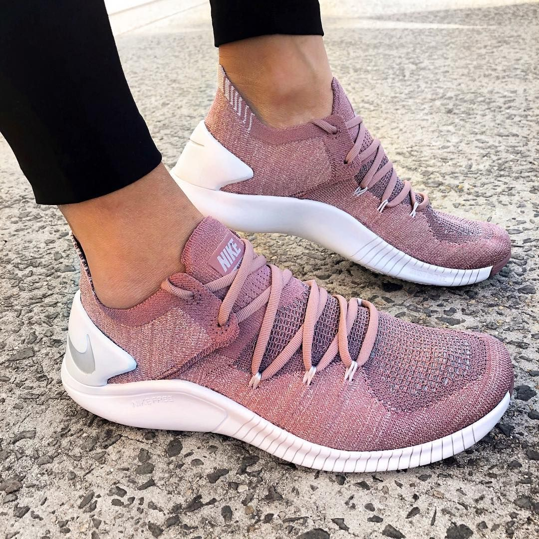 Nike Free TR Flyknit 3 LM in Smokey Mauve | @stylerunner Stylerunner.com #nikefreeoutfit
