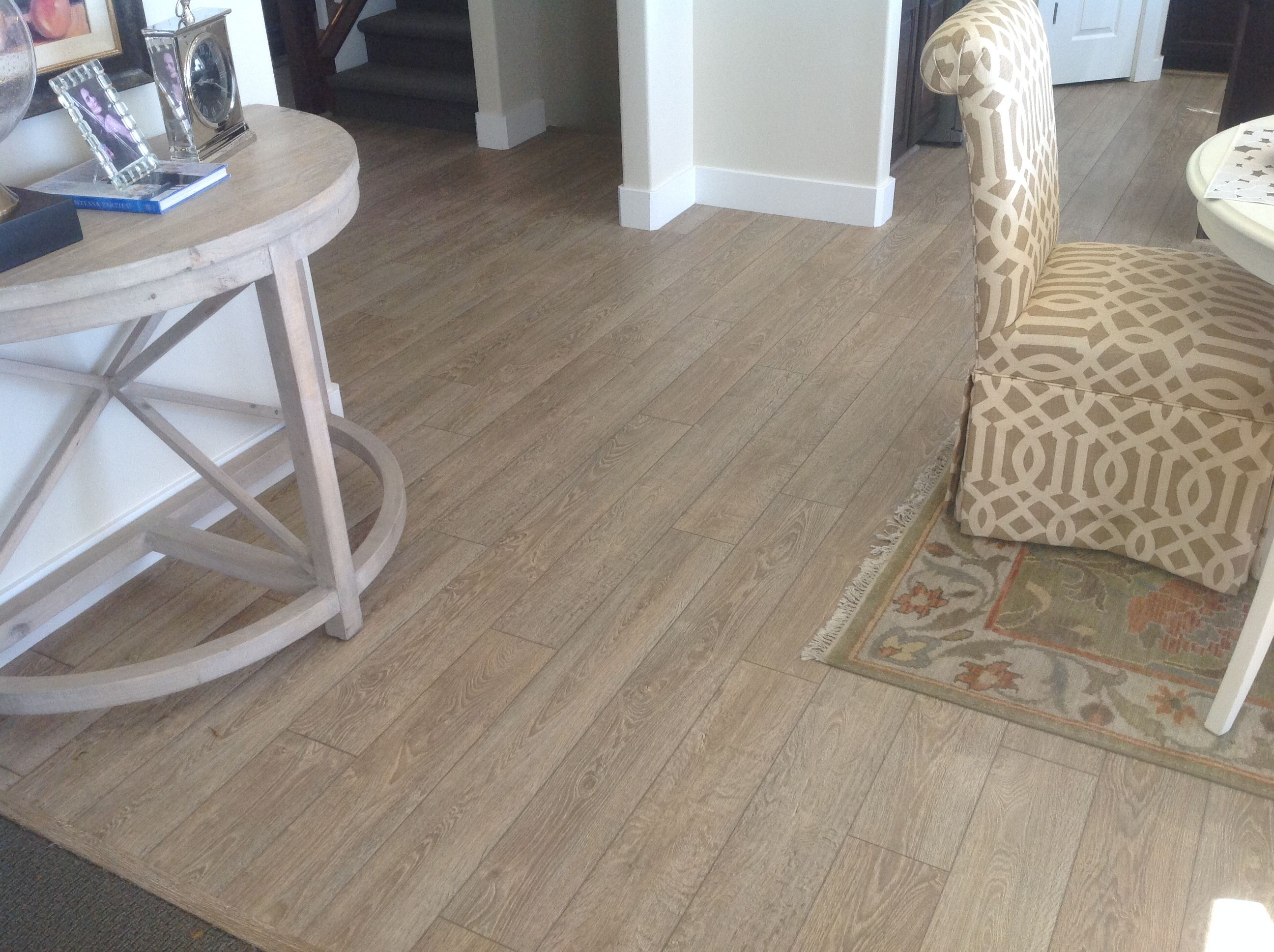 So Many Model Homes Use Mannington S Black Forest Oak In Color Weathered It Just Goes With Anything And Has Great Beautiful Decor Model Homes Hardwood Floors