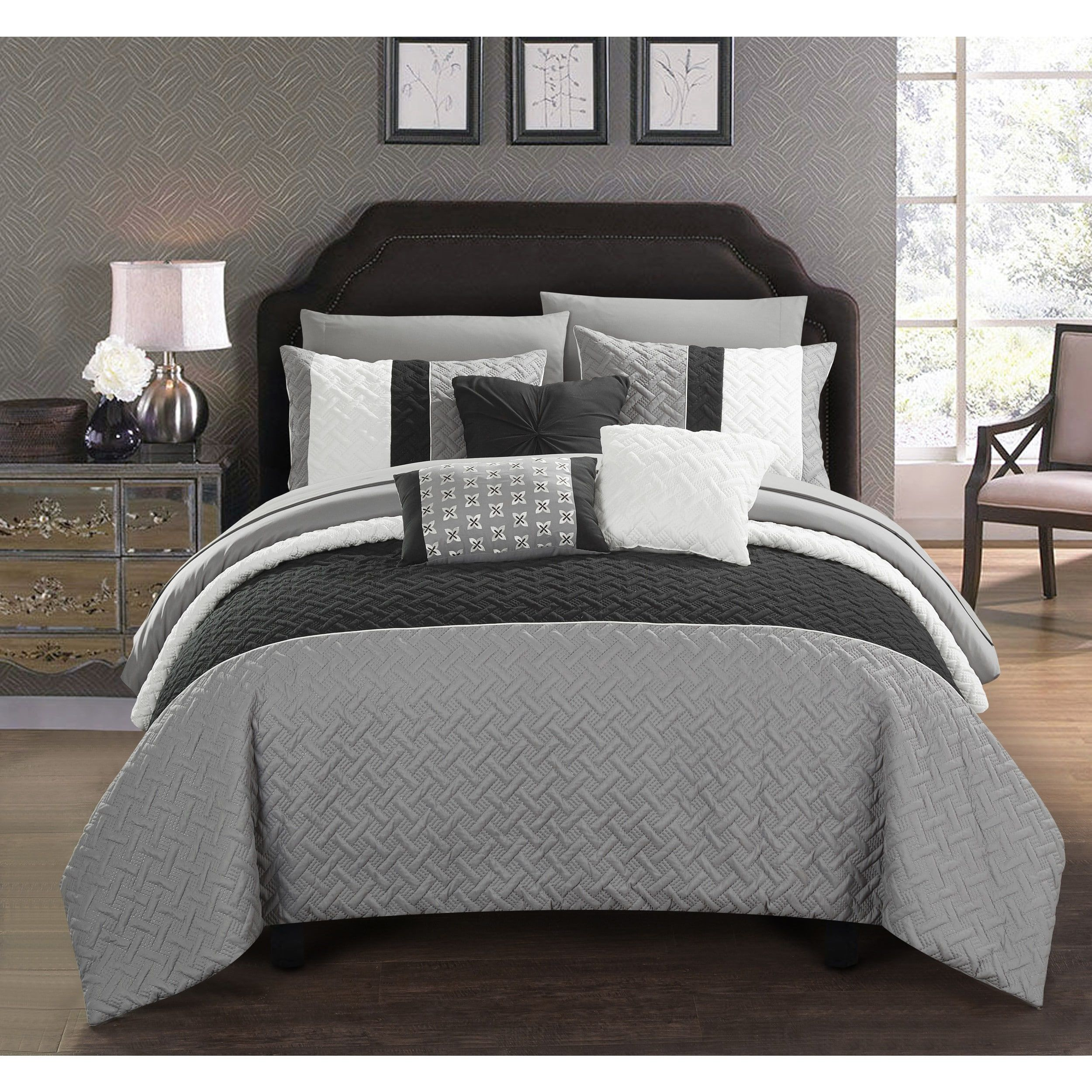 Chic Home 10 Piece Color Block Quilted Comforter Set Twin Black