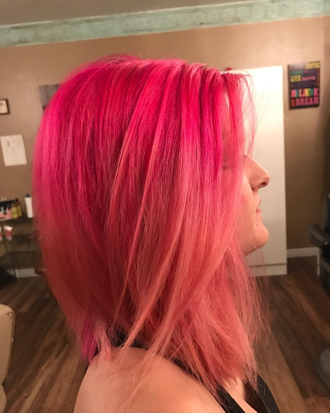 She's passionate about her pink ��������#pink #pravana #matrix #rosequarts #aline #cut #mywork #haircut #haircolor #hairstylist #hair #cosmetology #cosmetologist #americansalon #behindthechair #modernsalon #amhairartistry #mywork #idaho #idahome http://tipsrazzi.com/ipost/1516465351453574001/?code=BULkTPblANx
