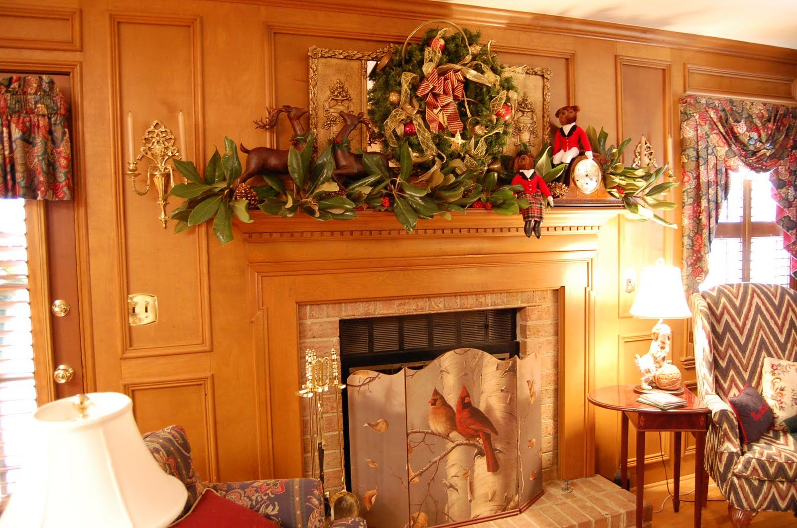 Fabulous Minimalist Greenery Fresh Garland Christmas Fireplace Mantel  Decoration With Cool Deers And Dolls, Fresh Pine Cones, And Nice Antique  Clock.