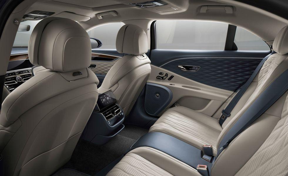 Photos Of The 2020 Bentley Flying Spur Sedan In 2021 Bentley Flying Spur Flying Spur New Bentley