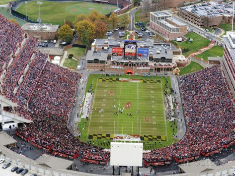 University Of Maryland Byrd Stadium Photographic Print Allposters Com University Of Maryland College Park Maryland Stadium