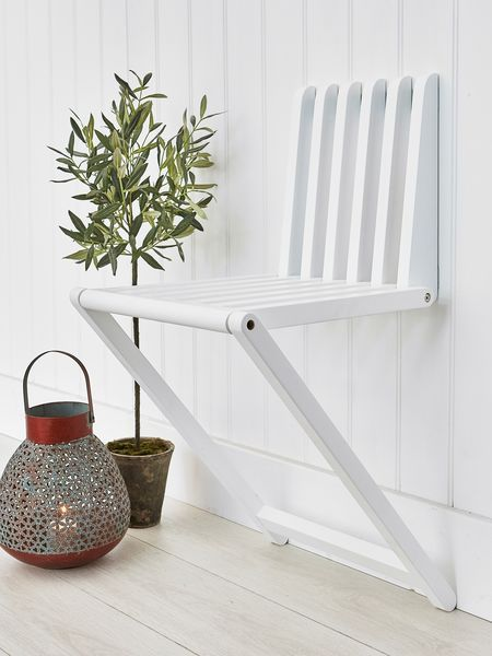 Merveilleux This Cleverly Designed Wooden Wall Chair Will Become An Invaluable Piece In  Any Small Space Or Hallway!