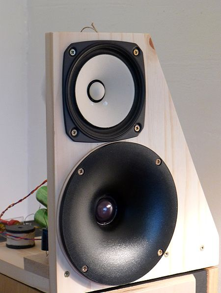 Small open baffle with Fostex FE126eN and DT300 Monacor