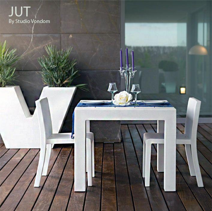 Ensemble de jardin JUT, 1 Table, 2 Chaises, Design by Studio ...