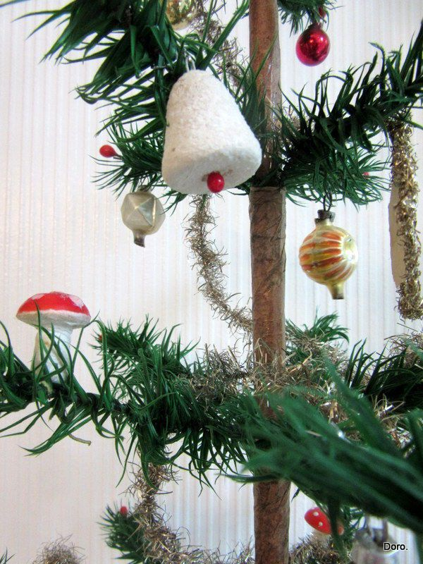 schöner alter Gansfederbaum Federbaum orig. Fuß geschmückt m. altem ...
