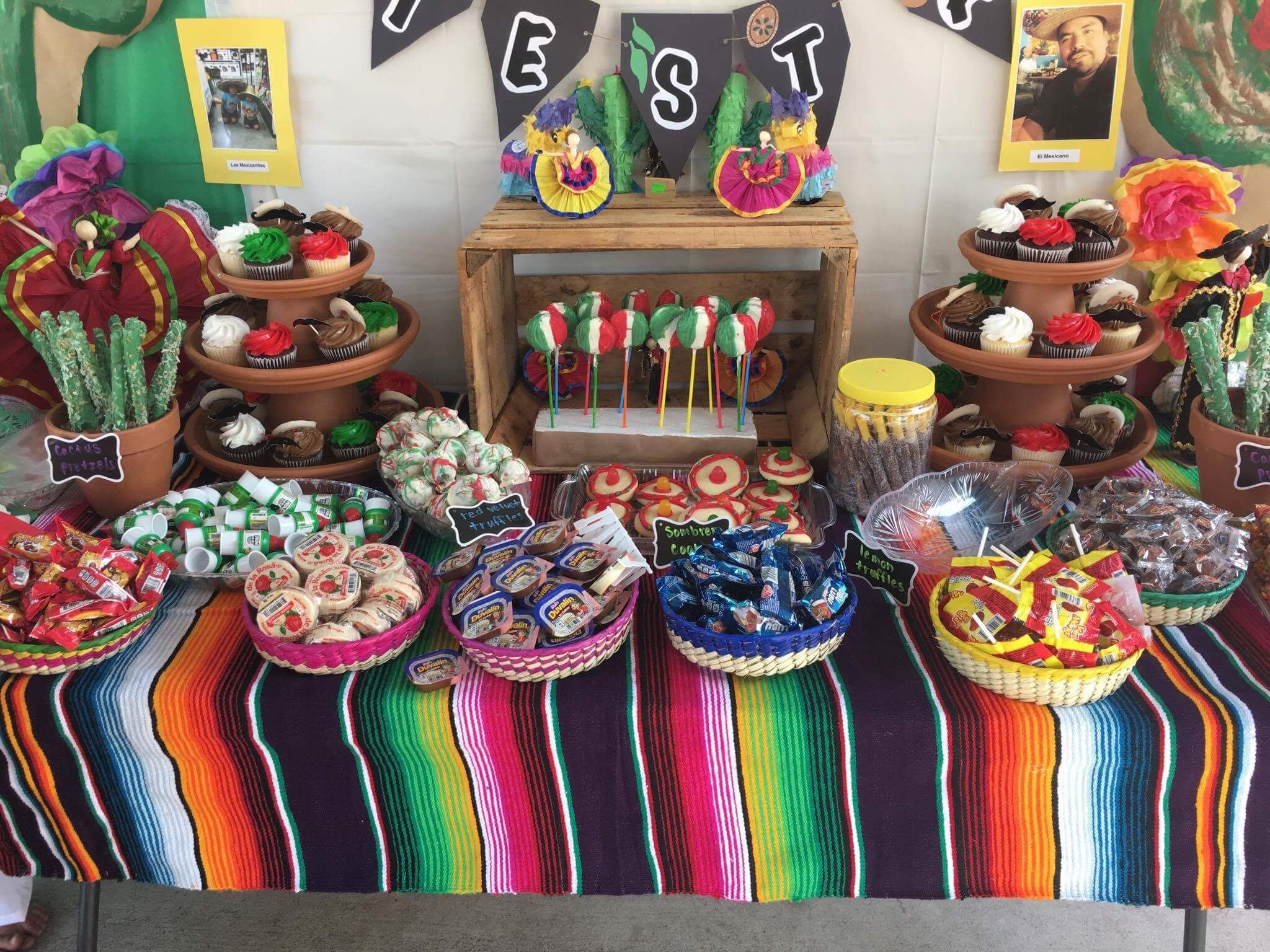 Pin By Andrea Barajas On Mexican Theme Party Mexican Party Theme Mexican Theme Party Decorations Mexican Birthday Parties