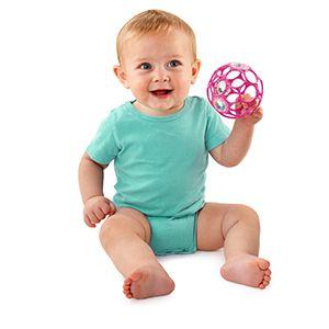 Rattle van OBall  Bal die baby's heel snel vast kunnen grijpen en mee schudden door de grote gaten er in