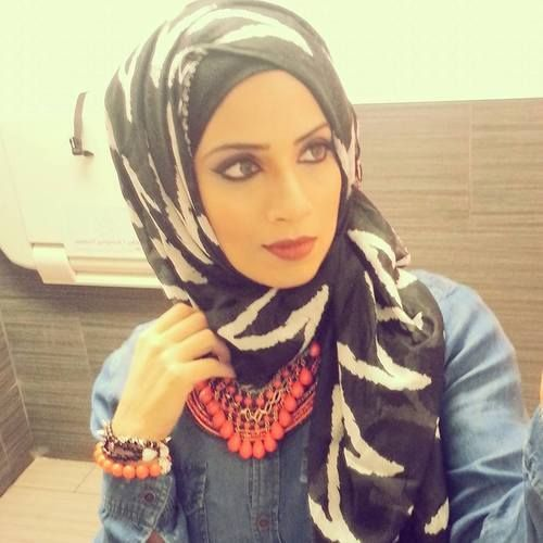 cool Printed Hijab Styles and Trends